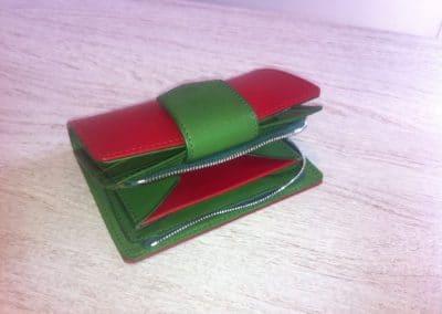 Petite maroquinerie porte-monnaie veau bi-color rouge et vert